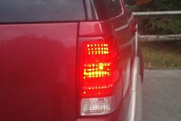 How To Replace A Brake Or Tail Light In Ford Explorer Expedition Excursion It Still Runs