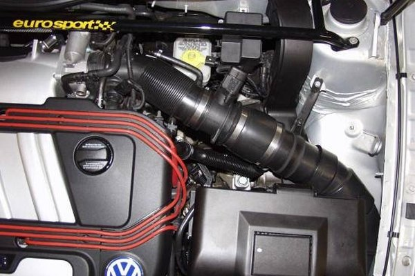 Cold air intake with a K&N air filter.