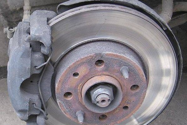 Symptoms of Bad Brake Pads