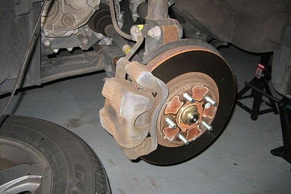 How To Change Brake Pads On A Honda Pilot