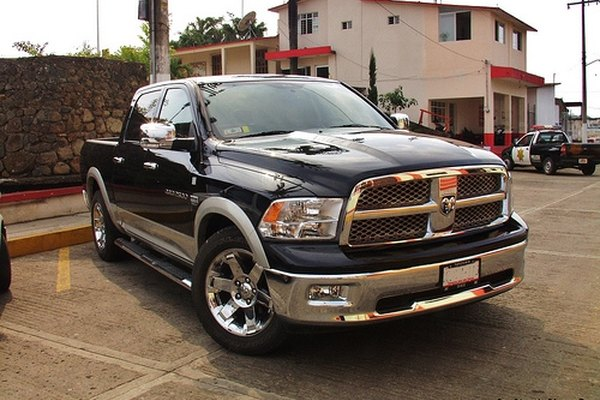 All Dodge Ram 2500 models contain automatic transmission powertrain assemblies