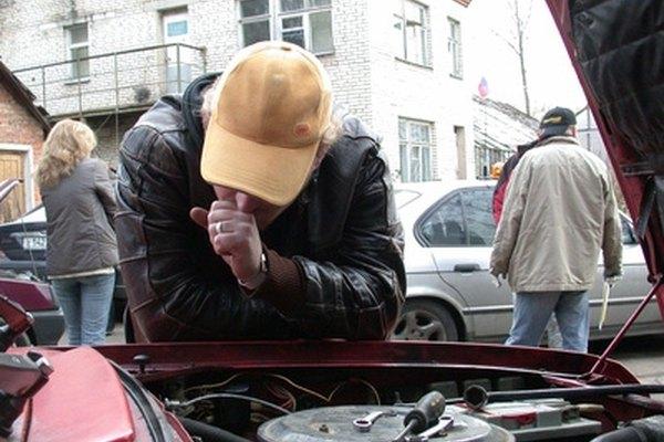 Signs of a Fuel Filter Going Bad | It Still Runs