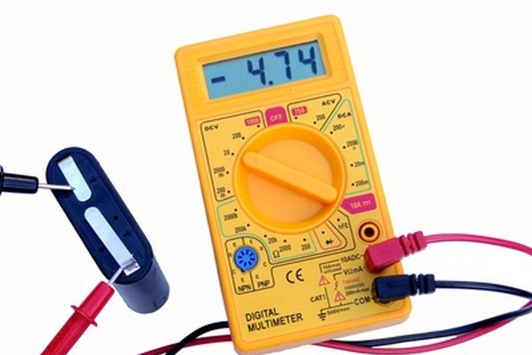 How to test open circuit battery voltage it still runs for Tester condensateur sur circuit
