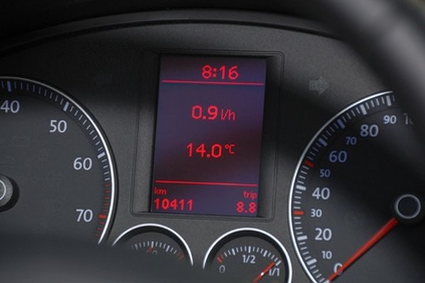 Tire pressure sensors can be checked visually on the dashboard.