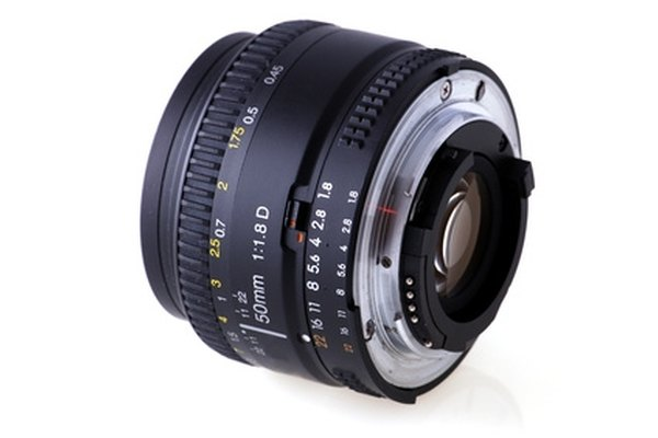 The D700 can be used with lenses that lack CPU contacts.