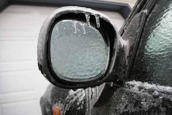 Remove ice without damaging car windows