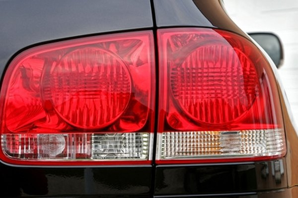 How To Change Signal Light Bulbs In A  Cavalier It Still Runs - Car signal light