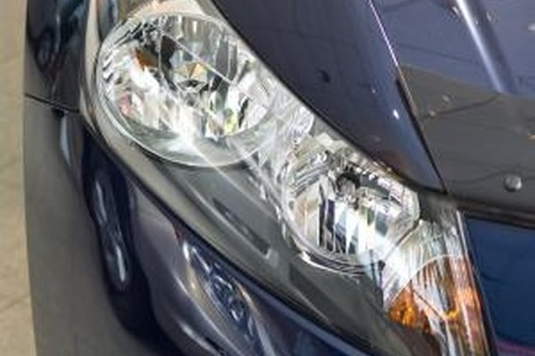 Replace the Headlight Bulb on a 2002 Lexus ES300