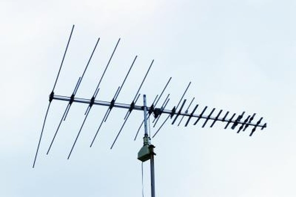 How to Locate the Best Place for a Digital Antenna | It Still ...