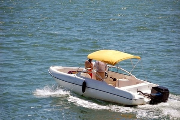 Measuring an outboard motor determines what size boat it will fit.