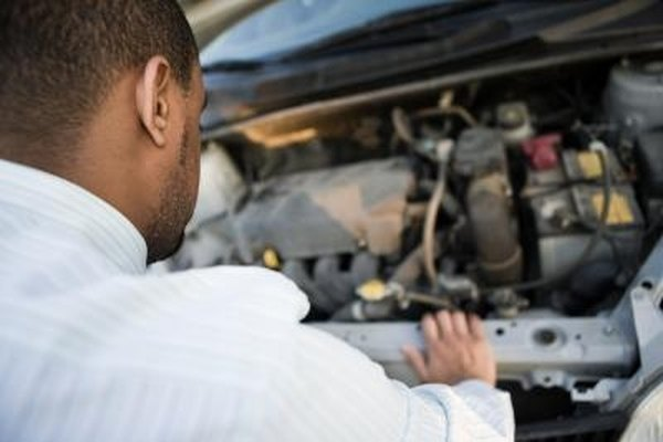 What Is the Difference Between 5 7 Vortec Heads & Regular