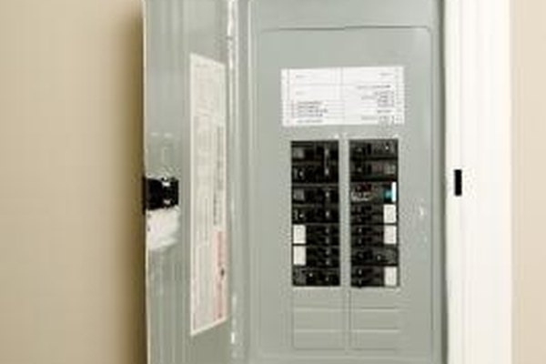 Use a multimeter to test your householdu0027s electrical panel. & How to Test an Electrical Panel   It Still Works   Giving Old Tech ... Aboutintivar.Com