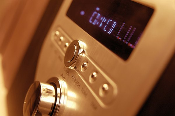 Hook up an amplifier to a CD player with stereo cables