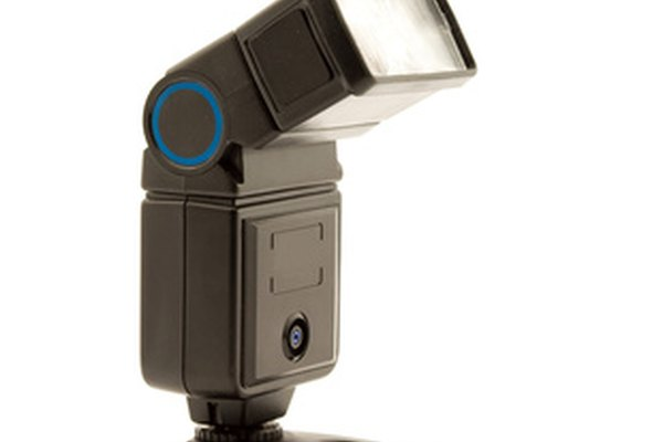 The Vivitar 2800 is manual flash.