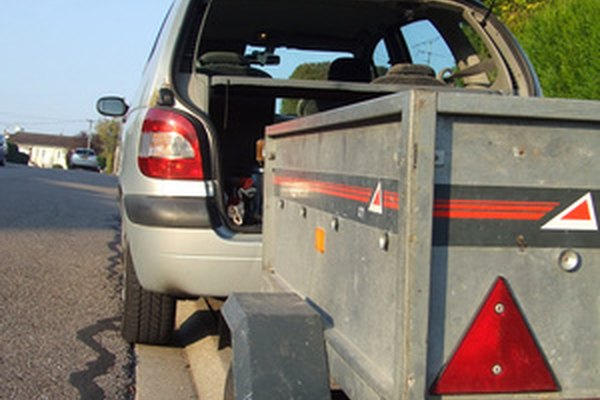 State law governs whether or not a trailer will be licensed.