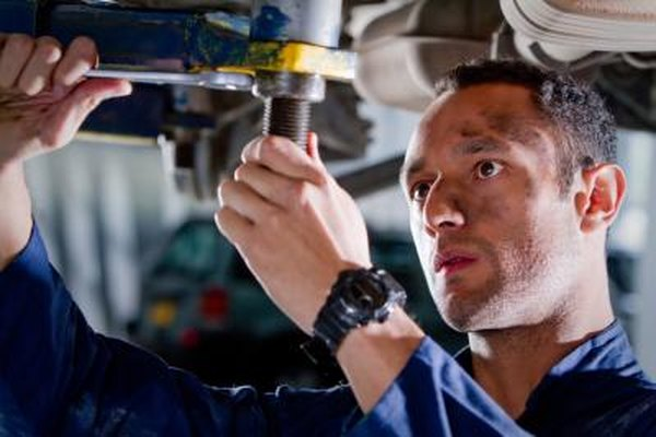 The Mechanical Labor Estimating Guide provides repair information for many makes and models.