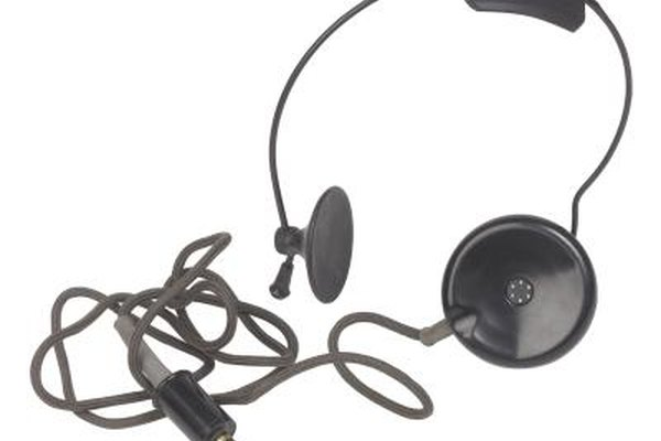 Many Skype callers use microphone headsets in order to keep their hands free.