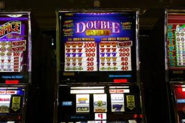 The simple function of slot machines can be recreated through Java programming.