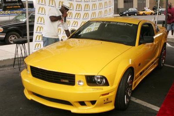 Image of a 2005 Mustang.
