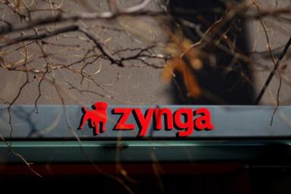 FishVille, FarmVille, PetVille, YoVille: they all come from gaming company Zynga.