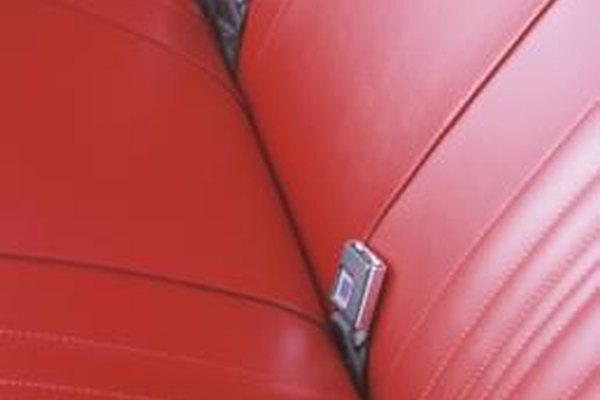 How To Do A Pleat In A Vinyl Seat It Still Runs