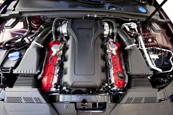 Front end view of a Duramax V-8 Engine