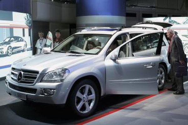 Image of a Mercedes SUV.