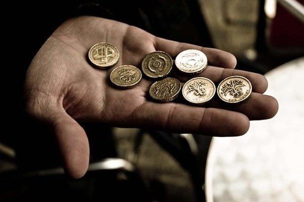 Los ingresos en divisas.