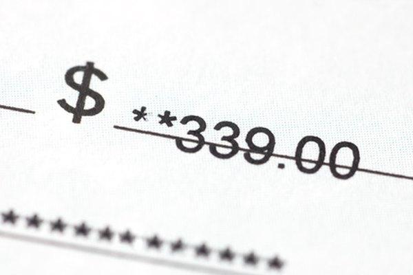 Todos los cheques deben ser endosados antes de cobrarlos.