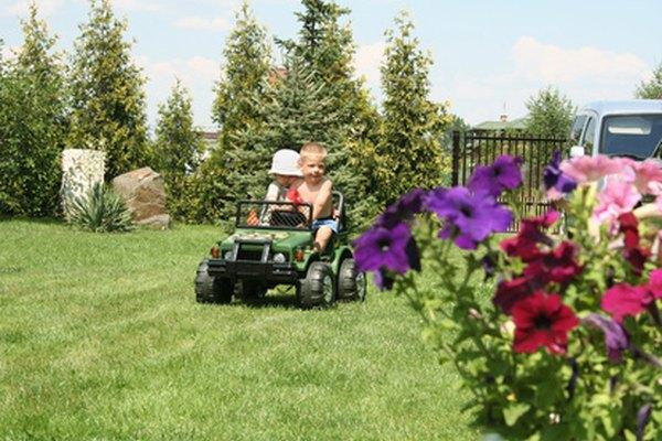 Construye el auto a pedal de los sueños para tu niño.