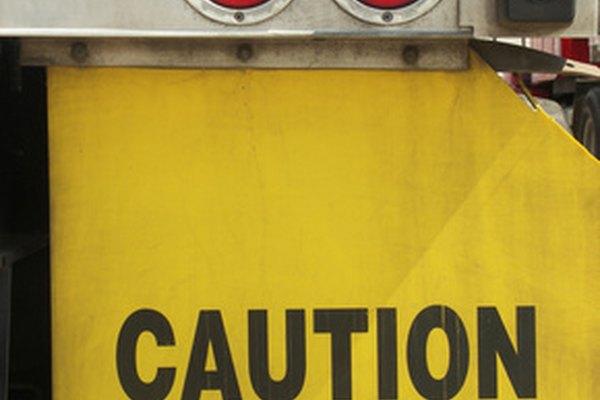 OSHA requiere el cumplimiento estricto de las normas relacionadas con la electricidad.