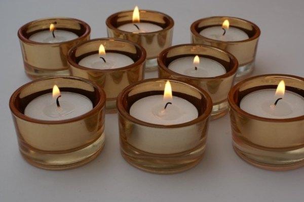 Con el equipo adecuado, es posible fabricar velas con calidad profesional.