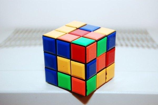 El Cubo Rubik es un reto desafiante.