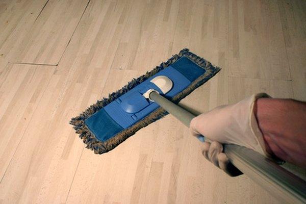 Los negocios de limpieza de casas proveen servicios de limpieza profesional para residentes.