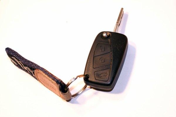 Muchos automóviles tienen llaves con control remoto.