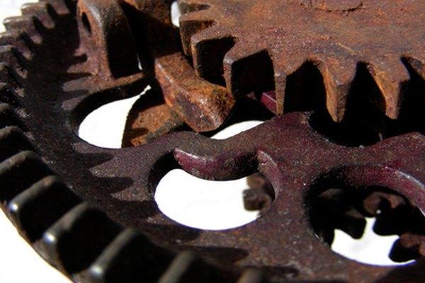 Un engrane es comúnmente una parte de un objeto más grande.