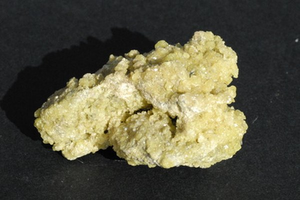 El azufre es un elemento no metálico.