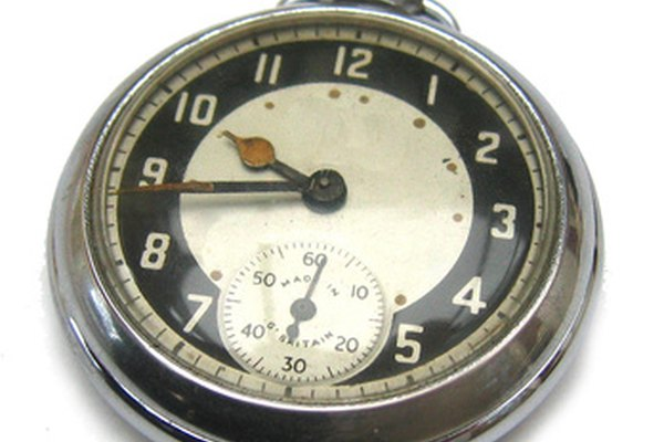 Un reloj de bolsillo es una máquina compuesta que tiene docenas de tornillos.