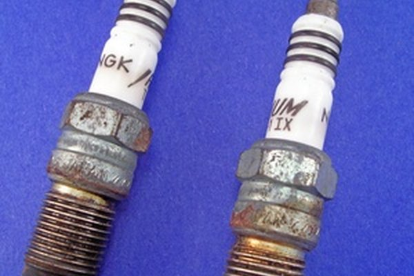 How To Change The Spark Plugs On A 2004 Chevrolet Cavalier It Rhitstillruns: 2003 Cavalier Spark Plug Location At Gmaili.net