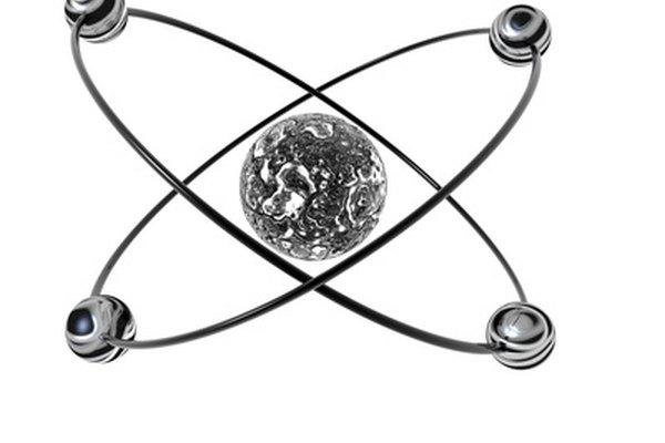 Los iones se forman cuando los electrones se ganan o se pierden a través de la energía de ionización.