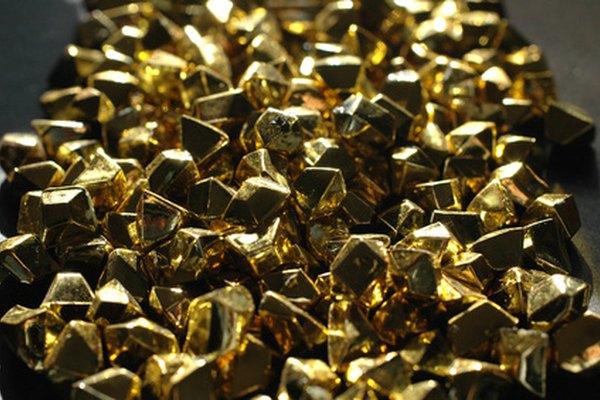 Muchas personas buscan oro con la esperanza de volverse ricas.