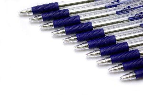 La mayoría de los borradores de tinta sólo funcionan con bolígrafos borrables especiales.