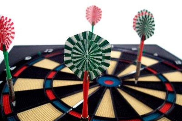 Existen normas específicas relativas a la altura y la distancia del tablero en la competencia.