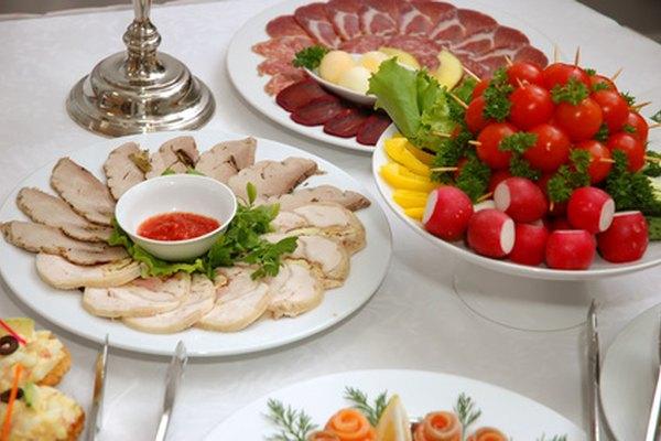 Conocer sobre la presentación de la comida ofrece a los servicios de banquetes una ventaja en el mercado.