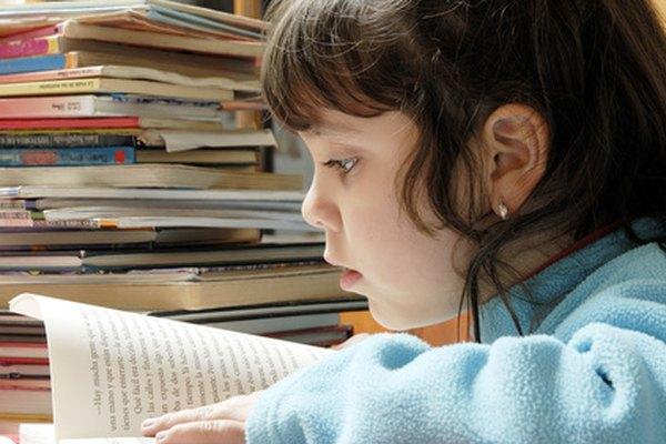 Los estudiantes de educación especial generalmente se benefician al establecer metas y objetivos para la comprensión de lectura.