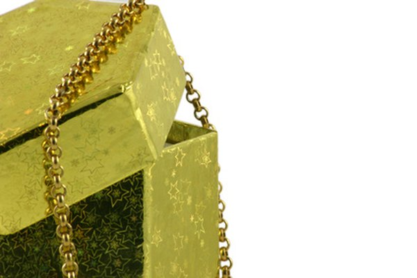 Para calcular el valor de un collar necesitas una balanza y conocimientos básicos de matemáticas.