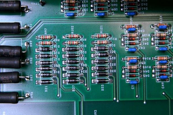 Es útil saber como transformar 16V de corriente continua en 12V.