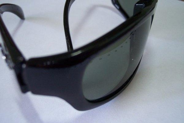 Muchos lentes de sol están polarizados para evitar los rayos UV.