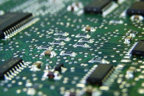 El argón se utiliza para la formación de cristales de semiconductores.