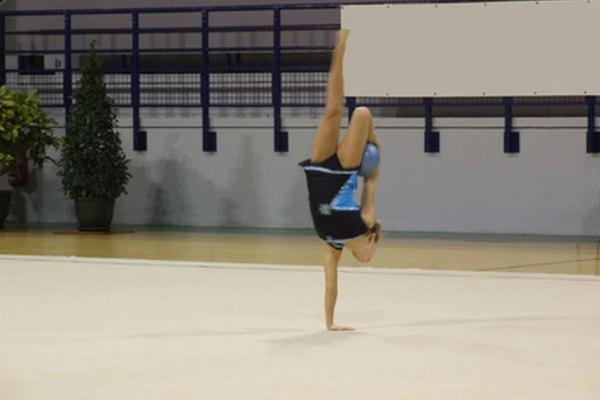 La gimnasia en el piso puede ser entendida a través de la física.